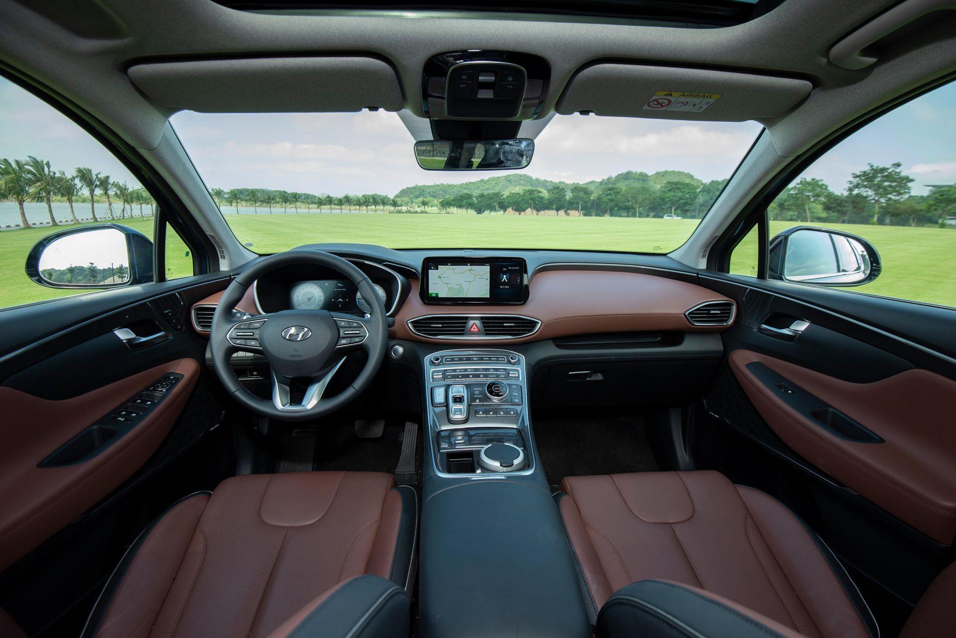 Nội thất xe Hyundai Santa Fe 2021