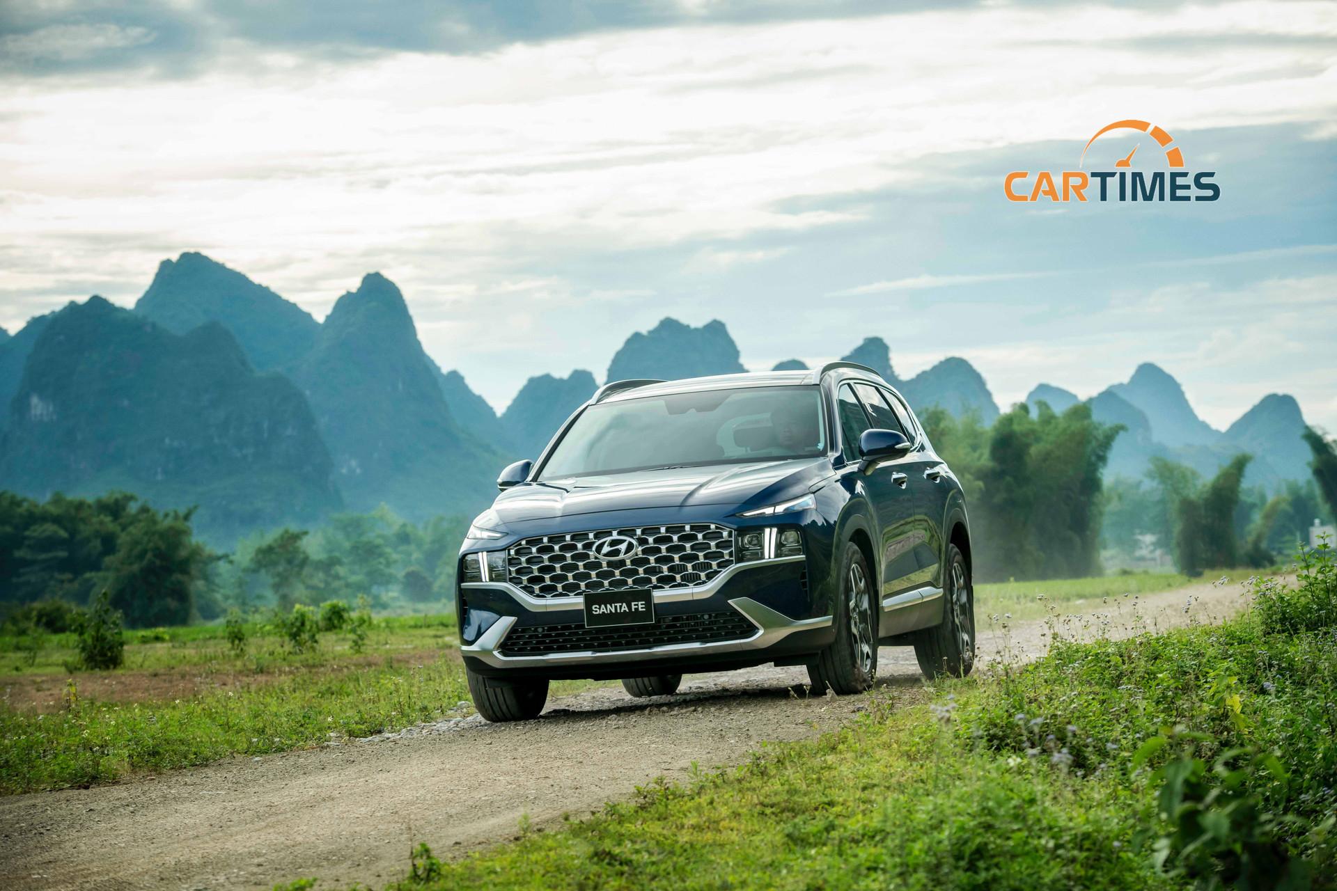 Hyundai Santa Fe 2021 trang bị động cơ thế hệ mới