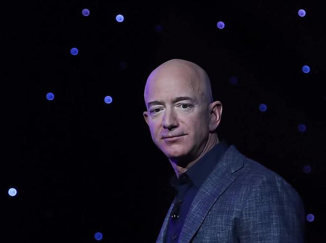 Tin đồn: Amazon đang xem xét thanh toán bằng Bitcoin và tiền số, có thể ra mắt đồng tiền riêng trong tương lai - Ảnh 2.