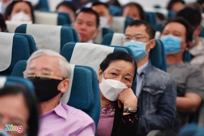 Giá vé bay thẳng TP.HCM - Hà Nội tăng mạnh - 1