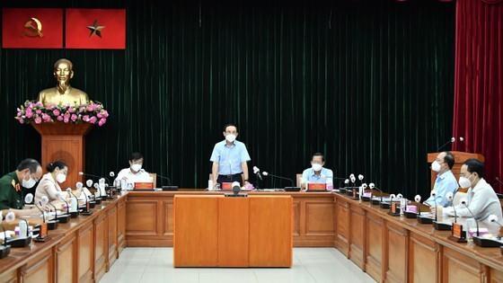 Ông Nguyễn Văn Nên kêu gọi người dân chung sức, đồng lòng sớm vượt qua đại dịch - 2