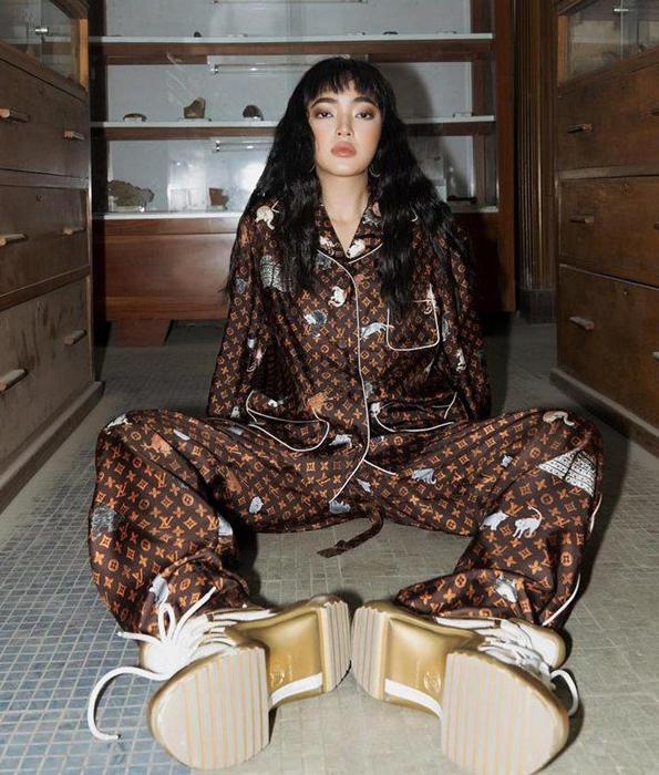 Hà Hồ, Lệ Quyên mặc đồ ngủ pyjama thôi mà nhìn giá phát hoảng-5
