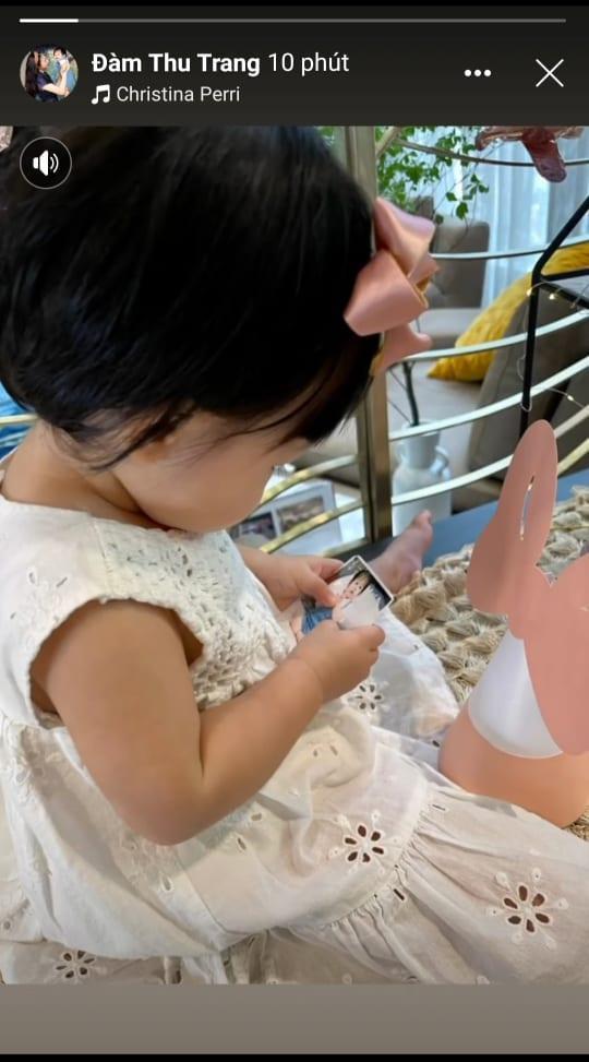 Bà nội quyền lực mừng sinh nhật con gái Cường Đô La 1 tuổi-2