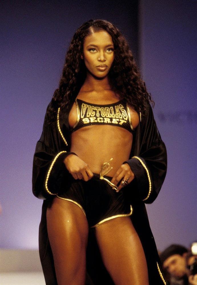 Show Victorias Secret thời đầu: Áo quần từ thập niên 90, dàn mẫu tuyển chọn khắt khe-10