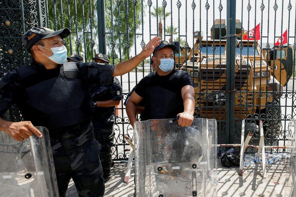 Khủng hoảng chính trị Tunisia: Mỹ cảnh báo, dư luận quốc tế và một số kịch bản có thể xảy ra