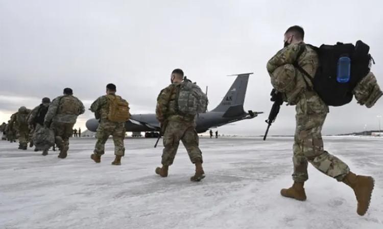 Tình trạng binh sĩ tự tử tăng vọt, người đứng đầu Lầu Năm Góc nói gì?