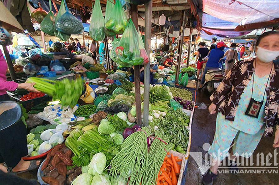 Hà Nội công bố danh sách hơn 8.000 chợ, siêu thị, hàng tạp hóa đang mở cửa