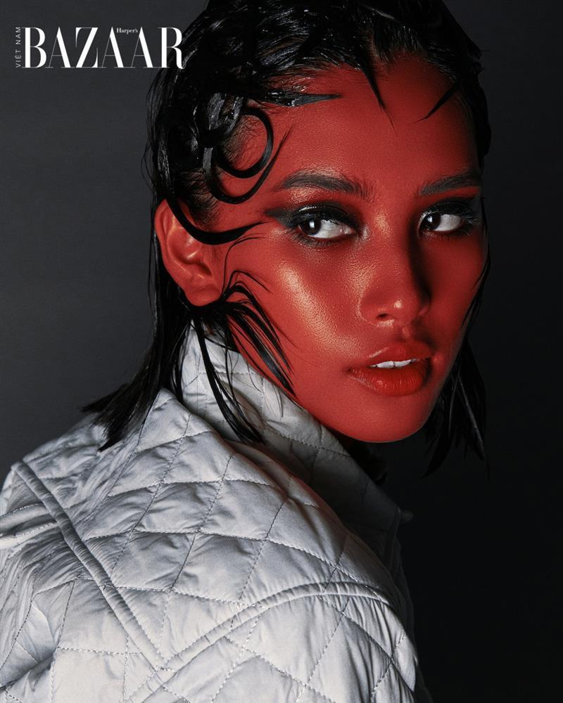 Hoa hậu Tiểu Vy thử hoá thân thành người ngoài hành tinh-6