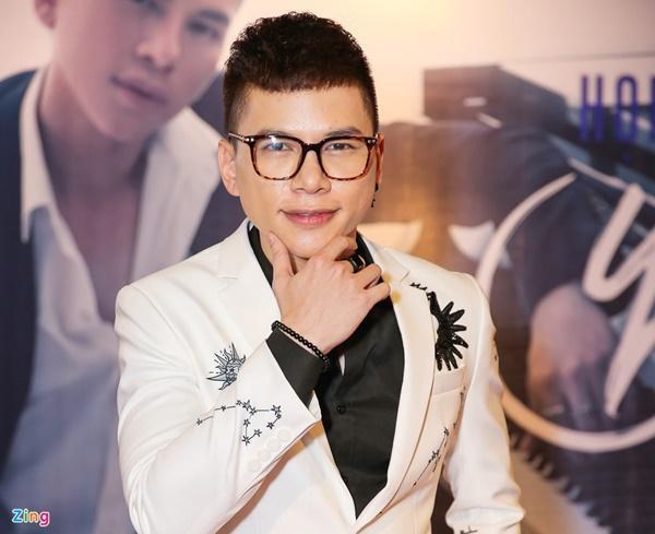 Ca sĩ Việt có cha mẹ nổi tiếng-11
