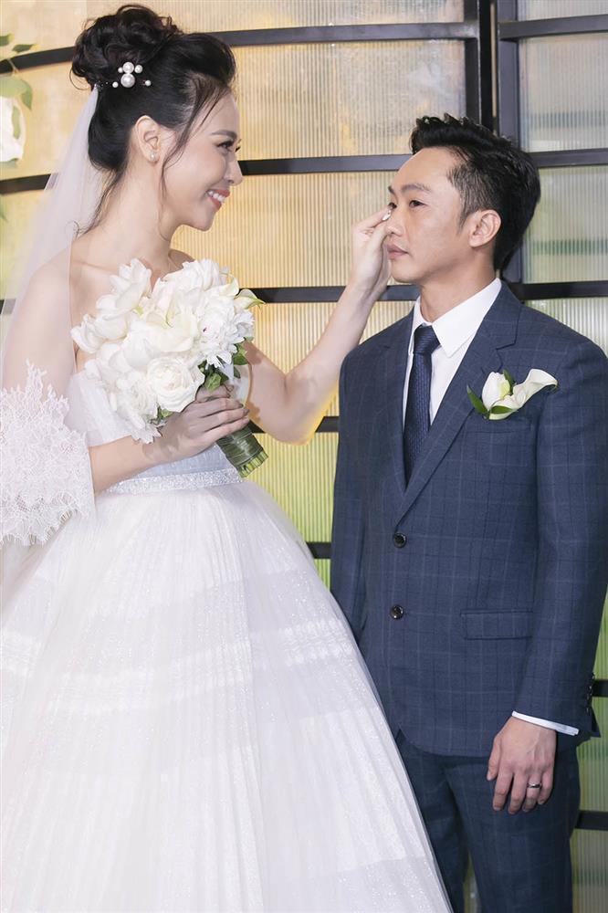 Bí mật ngày cưới Cường Đô La bây giờ mới kể-6