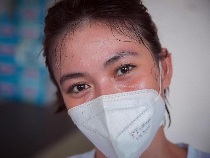 Những khoảnh khắc nghệ sĩ Việt giúp dân chống dịch gây xúc động-5