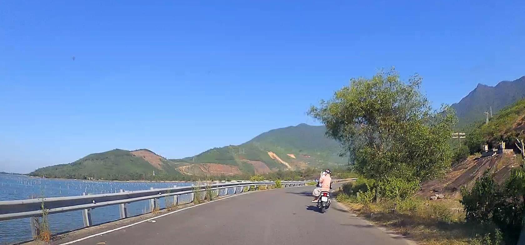Đầm Lập An – Nơi giao tình giữa núi và biển - 4