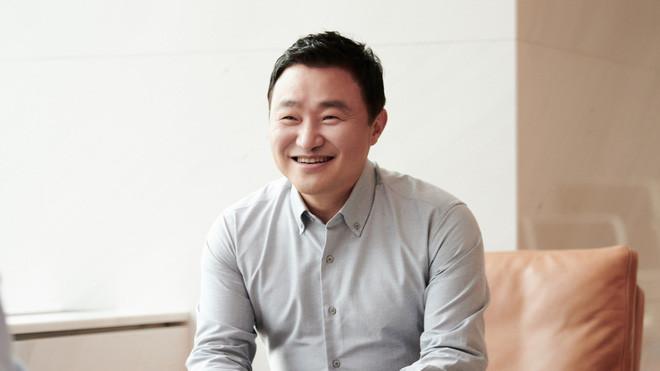CEO Samsung nhá hàng trước sự kiện ra mắt Galaxy Z Fold3: Kỷ nguyên sáng tạo cho smartphone đang được mở ra - Ảnh 2.