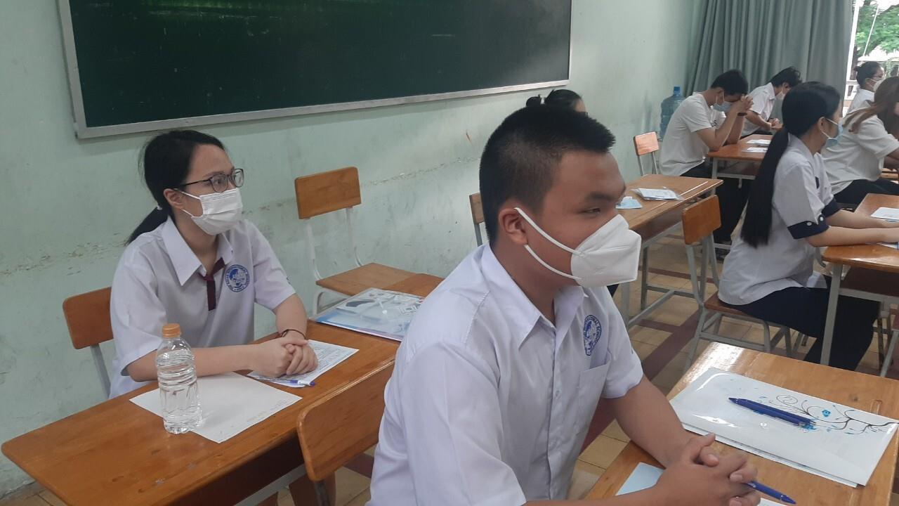 Học sinh TP.HCM được quyền chọn thi hoặc xét đặc cách tốt nghiệp THPT - 1