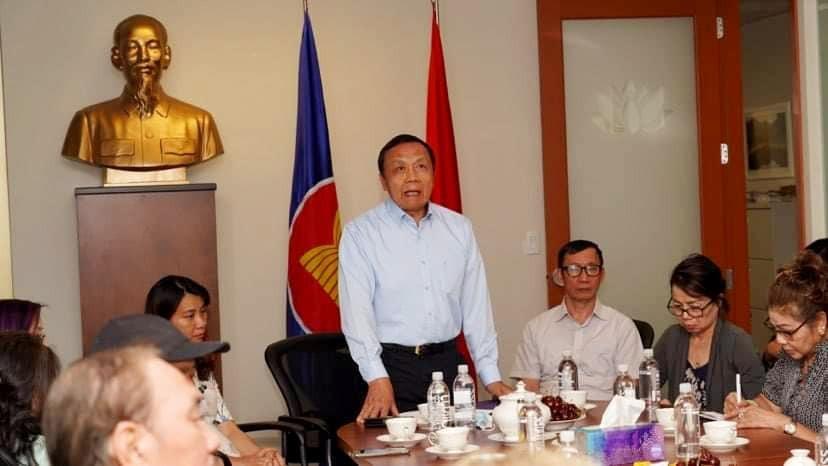 Lấy ý kiến đóng góp của kiều bào Canada về công tác đối với người Việt Nam ở nước ngoài