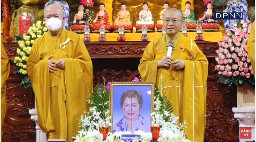 Lễ cầu siêu mẹ đẻ Ngọc Sơn, xót xa khi danh ca không thể có mặt-4