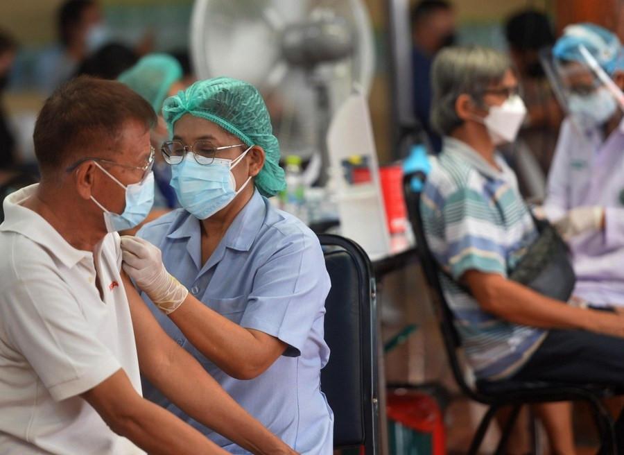 Dù tỷ lệ tiêm chủng lên tới 50%, số ca Covid-19 ở Thái Lan tăng mạnh, vượt mốc 500.000 người bệnh. (Nguồn: THX)