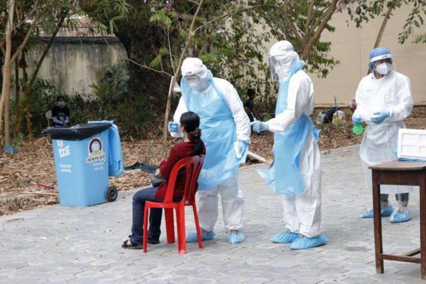 Covid-19: Campuchia bước vào chiến dịch 'tổng tấn công' trên toàn quốc, quyết hạ gục virus trong 2 tuần. (Nguồn: The Star)