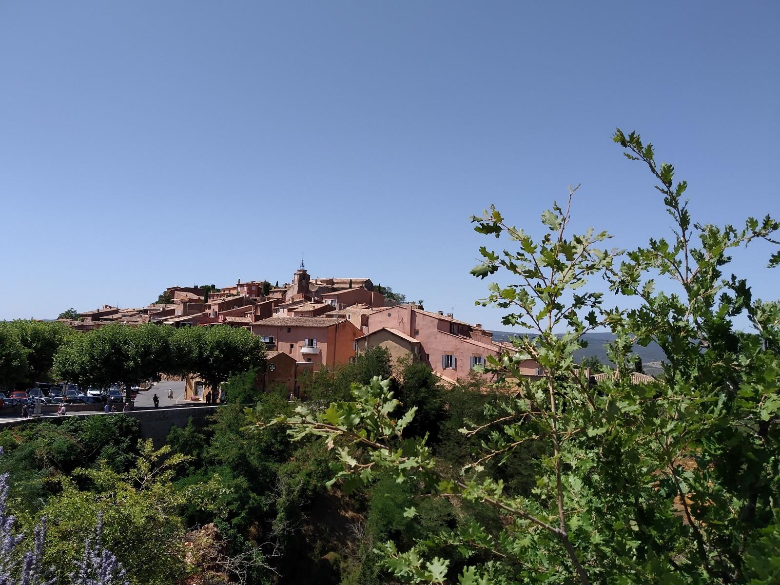 Roussillon: Cuộc dạo chơi giữa đại tiệc sắc màu - 1