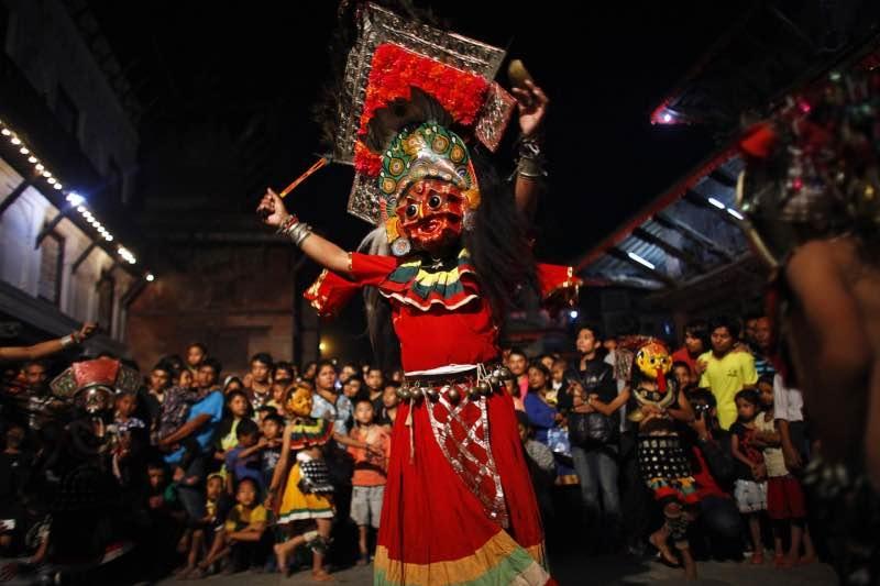 Khám phá Nepal qua những lễ hội truyền thống đầy màu sắc - 12