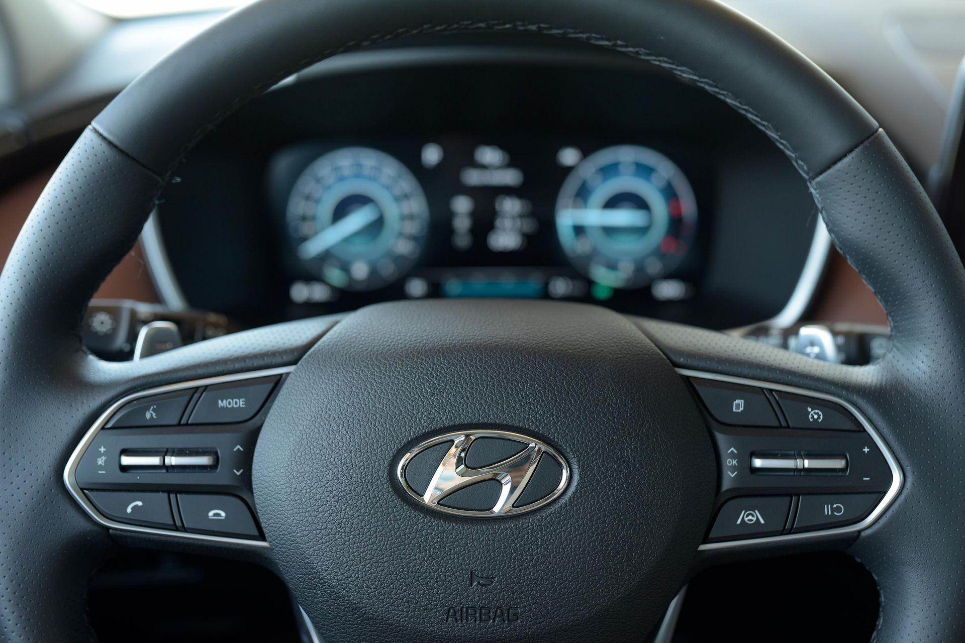 Khả năng vận hành Hyundai Santa Fe