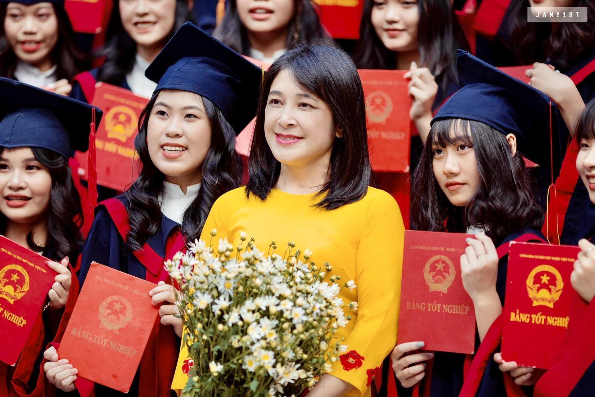 29 học sinh một lớp trúng tuyển đại học nhờ chứng chỉ ngoại ngữ - 2