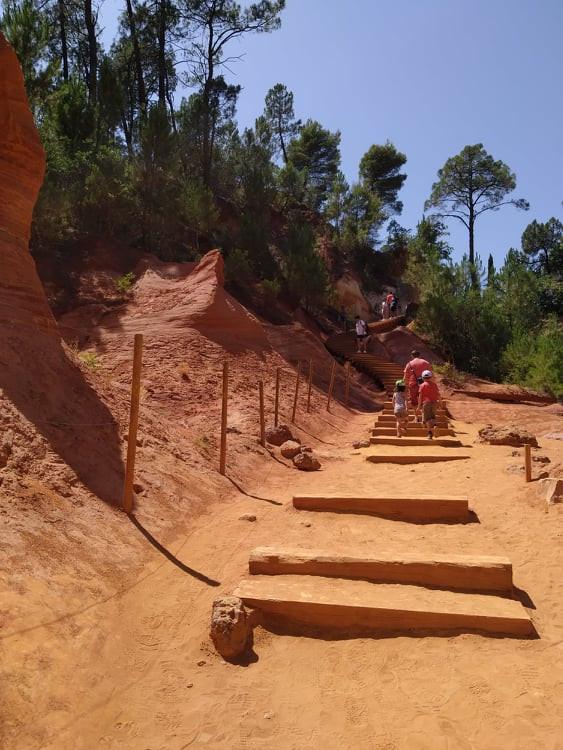 Roussillon: Cuộc dạo chơi giữa đại tiệc sắc màu - 4