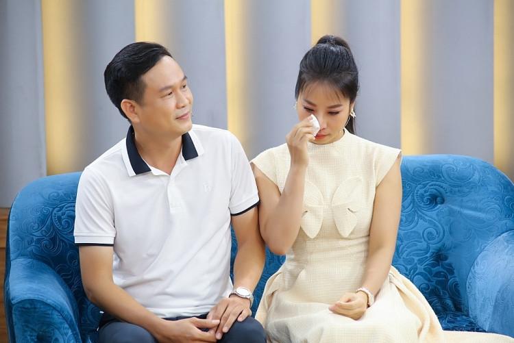 Ca sĩ Tánh Linh rơi nước mắt khi chia sẻ về đam mê xa xỉ của chồng