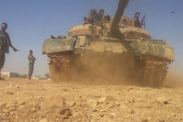 Quân đội Syria lần đầu phát động tấn công các chiến binh thân Israel