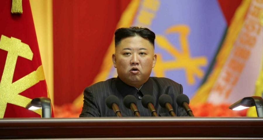 Bất ngờ triệu tập hội nghị quân đội, Chủ tịch Triều Tiên bóng gió phản đối 'các thế lực thù địch' tăng cường tập trận gây hấn. (Nguồn: KCNA)