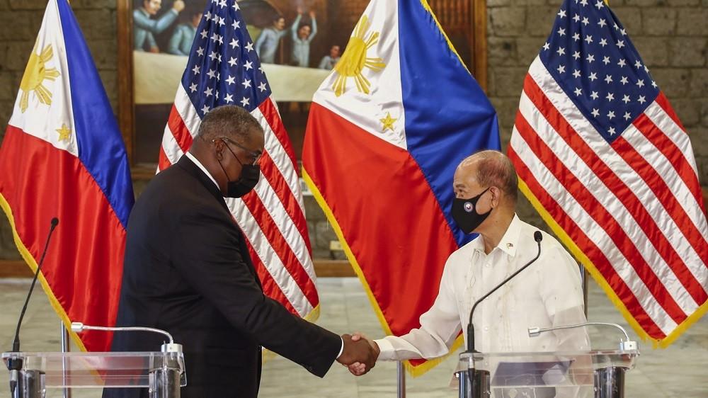 Lầu Năm Góc nói gì việc khôi phục hoàn toàn thỏa thuận cho phép quân đội Mỹ triển khai ở Philippines? (Nguồn: AP)