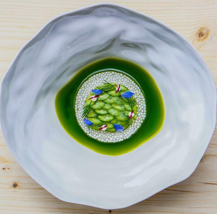 Đỉnh cao nghệ thuật trang trí món ăn của đầu bếp mùa giãn cách - 3