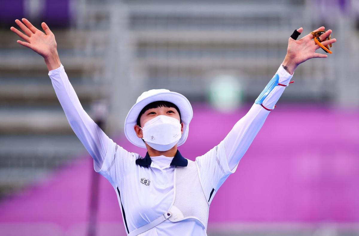 Cung thủ Hàn Quốc - An San giành 3 HCV ở Olympic Tokyo 2020. (Ảnh: Reuters).
