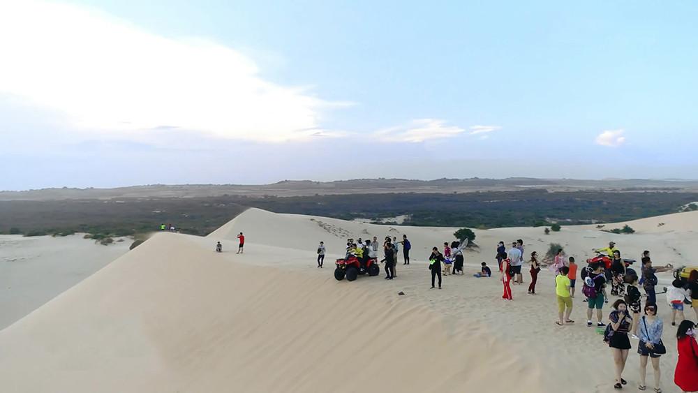 """Bàu trắng – """"Thiên đường cát"""" ở Bình Thuận - 6"""