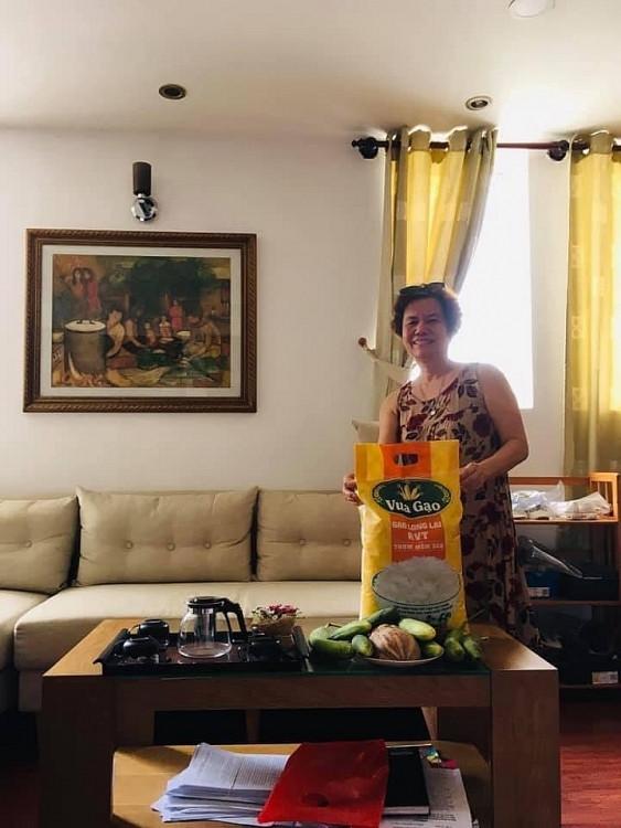 Hội Điện ảnh TP.HCM tiếp tế lương thực cho các hội viên trong cuộc chiến chống đại dịch Covid-19