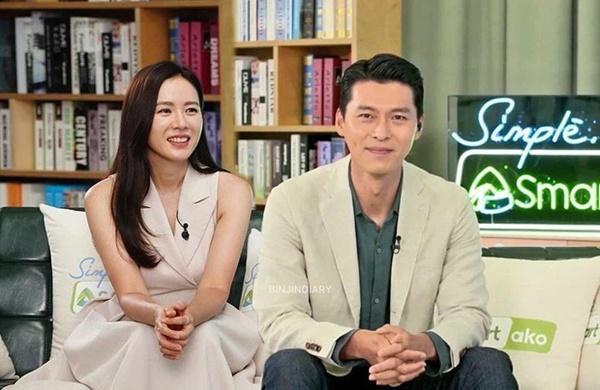 Hyun Bin - Son Ye Jin cùng dự sự kiện, mặc đồ đôi và công khai ôm ấp?-1