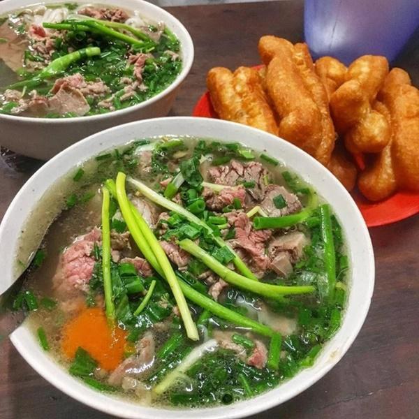 Cuộc chiến gây tranh cãi: Phở hay cơm tấm mới xứng đáng là món ăn đại diện Việt Nam?-1