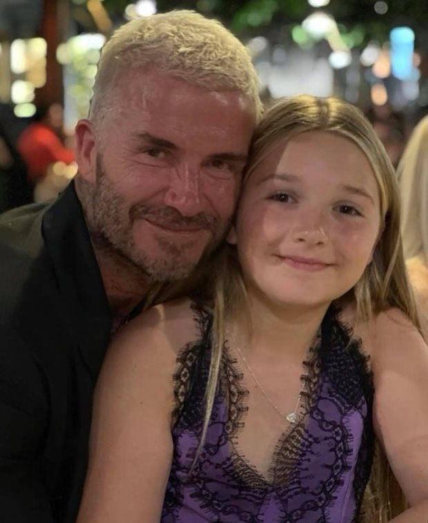 Beckham bị chỉ trích vì để con gái mặc đầm hở hang quá đà-2