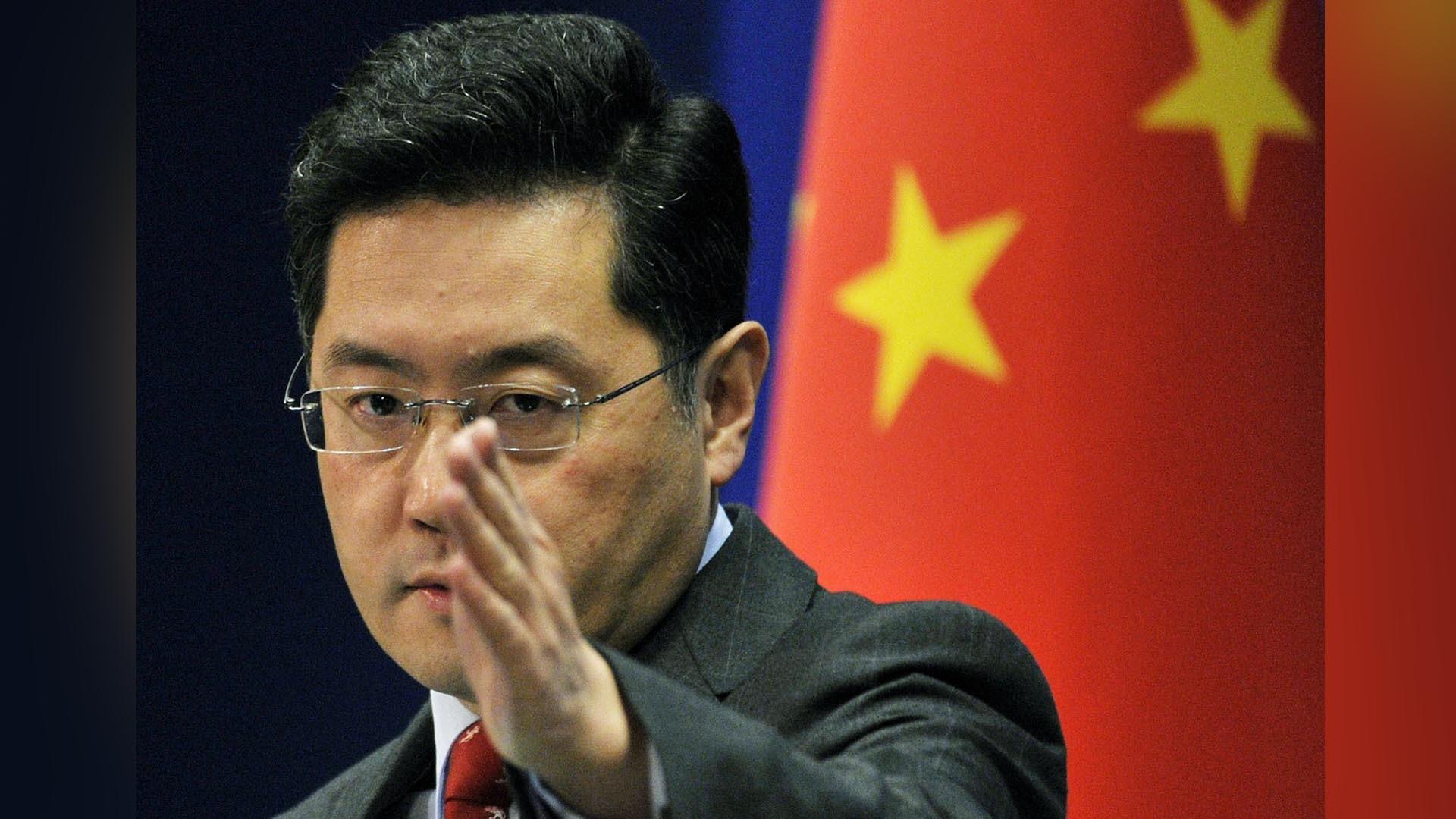 Đại sứ Trung Quốc tại Mỹ Tần Cương khi còn là Người phát ngôn Bộ Ngoại giao Trung Quốc. (Nguồn: CGTN)