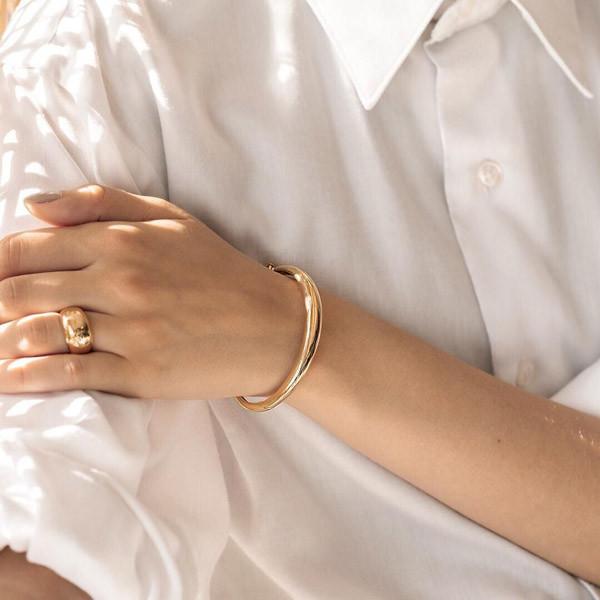 5 cách đeo vòng tay khí chất ngút ngàn dành cho nàng - 1
