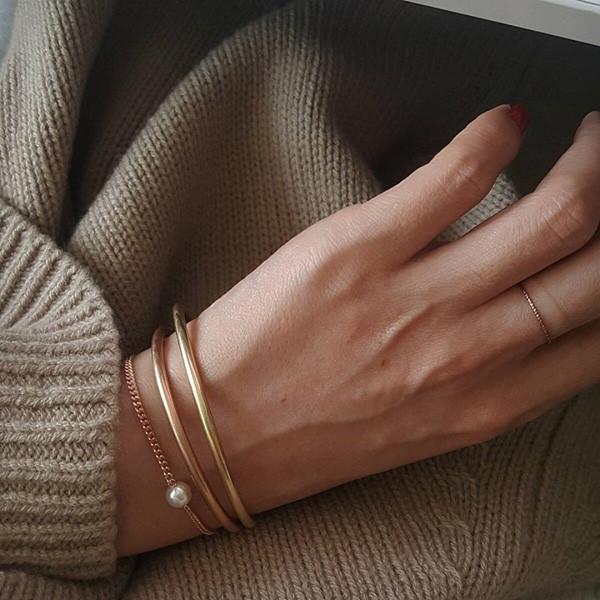 5 cách đeo vòng tay khí chất ngút ngàn dành cho nàng - 9