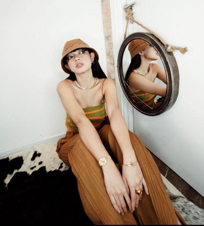 Thời trang ở nhà của sao Việt: Diệu Nhi đụng độ BLACKPINK, Thiều Bảo Trâm khoe dáng nuột - 9