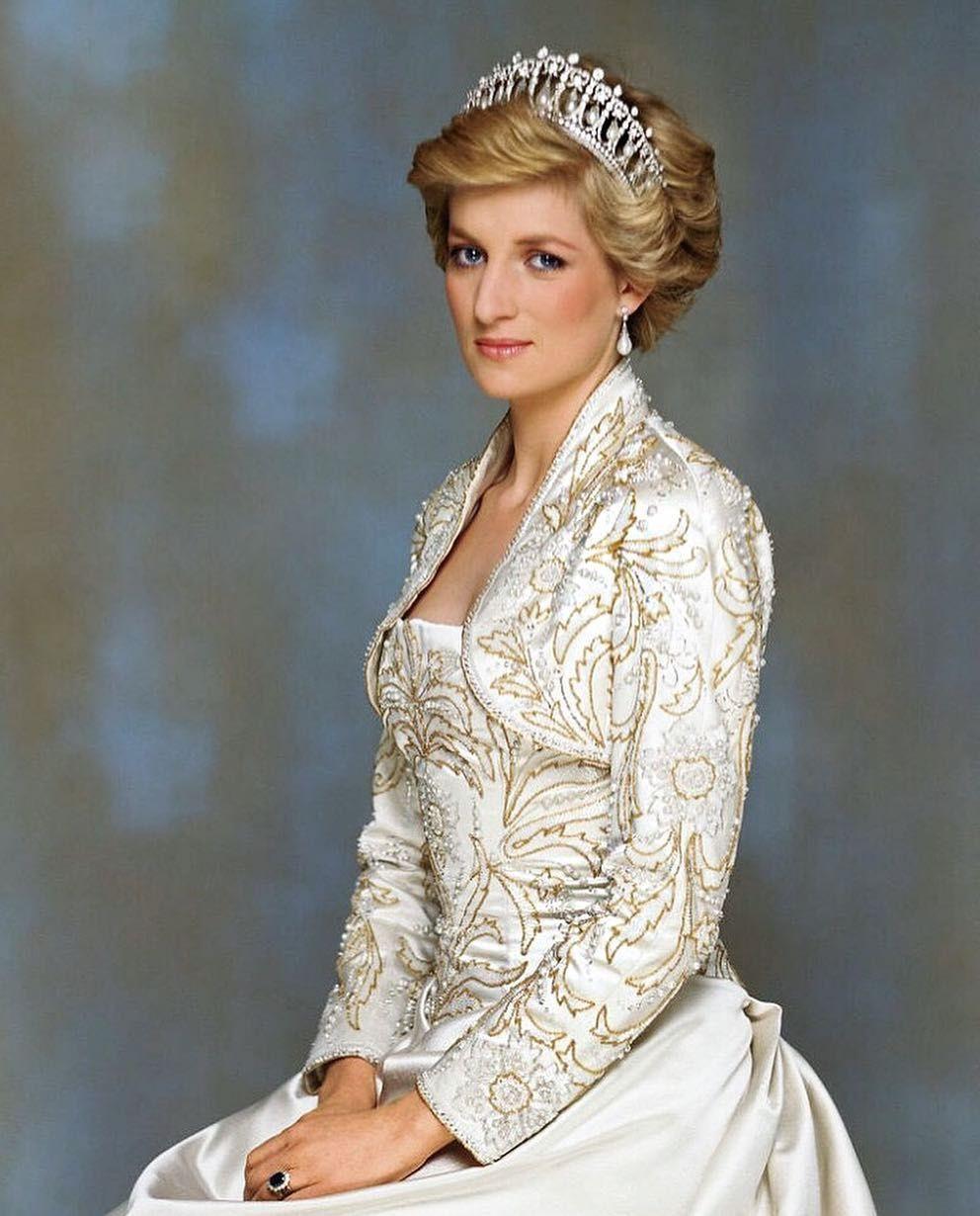 Tips mặc đẹp từ các nhân vật hoàng gia Anh - 11