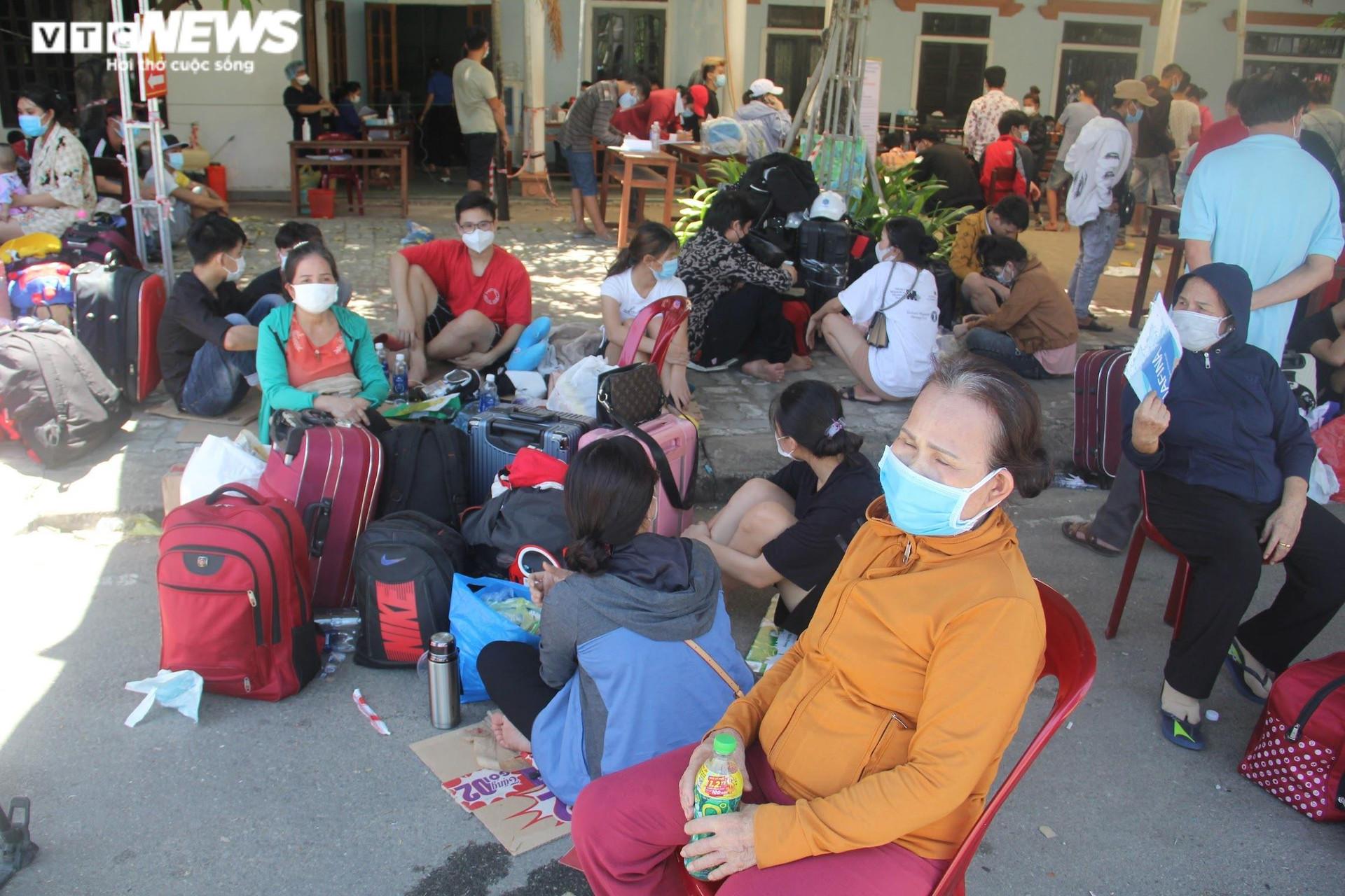 Huế thêm 23 ca COVID-19, đều trở về từ các tỉnh phía Nam - 1