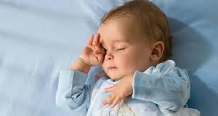 Hành động này của trẻ khi ngủ khiến mẹ phiền lòng nhưng thực chất lại báo hiệu trẻ có IQ cao, cha mẹ thường bỏ qua mà không hề hay biết-3