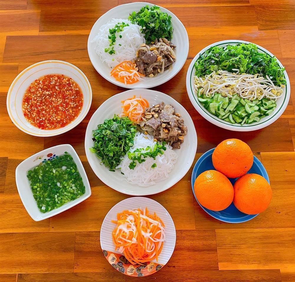 Gái đảm gợi ý 8 mâm cơm mùa dịch, có gì nấu đó mà ngon xuất sắc-4