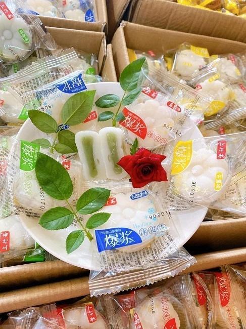 Bánh trung thu mini Trung Quốc bán đầy chợ với giá chỉ từ 3.000 đồng/chiếc-6