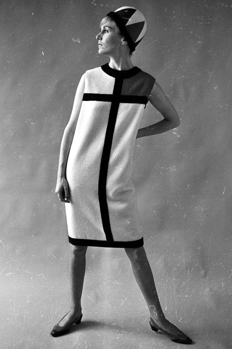 Những thiết kế để đời của Yves Saint Laurent - 6