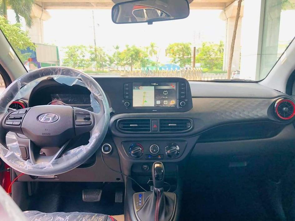 Nội thất xe Hyundai Grand i10