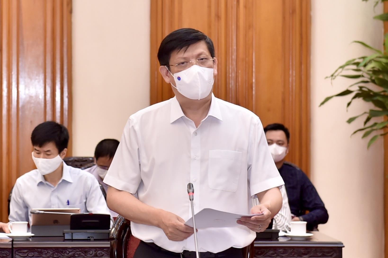 Bộ trưởng Y tế: Phải tiết kiệm nhân lực vì cuộc chiến với dịch bệnh còn dài - 1